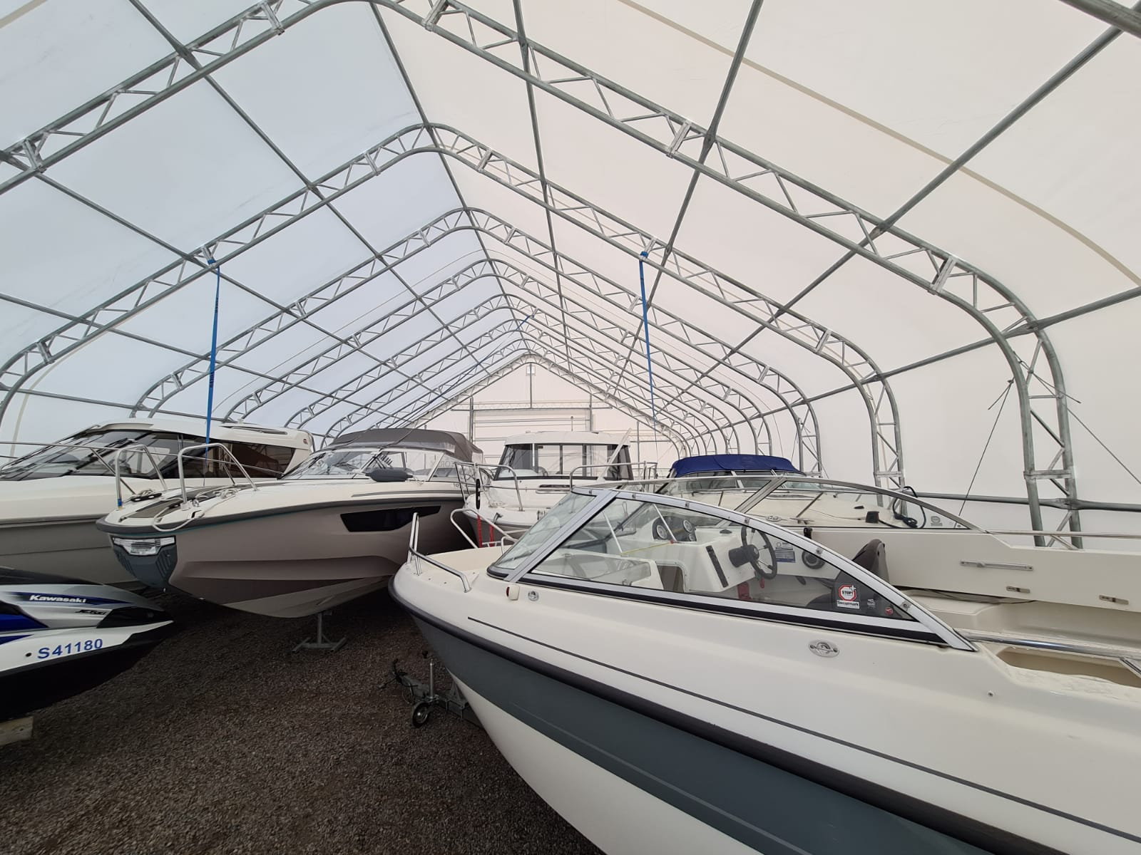 Boats in storage tent EURO 225